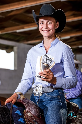Anna Schmid mit Only Wins by Glamour